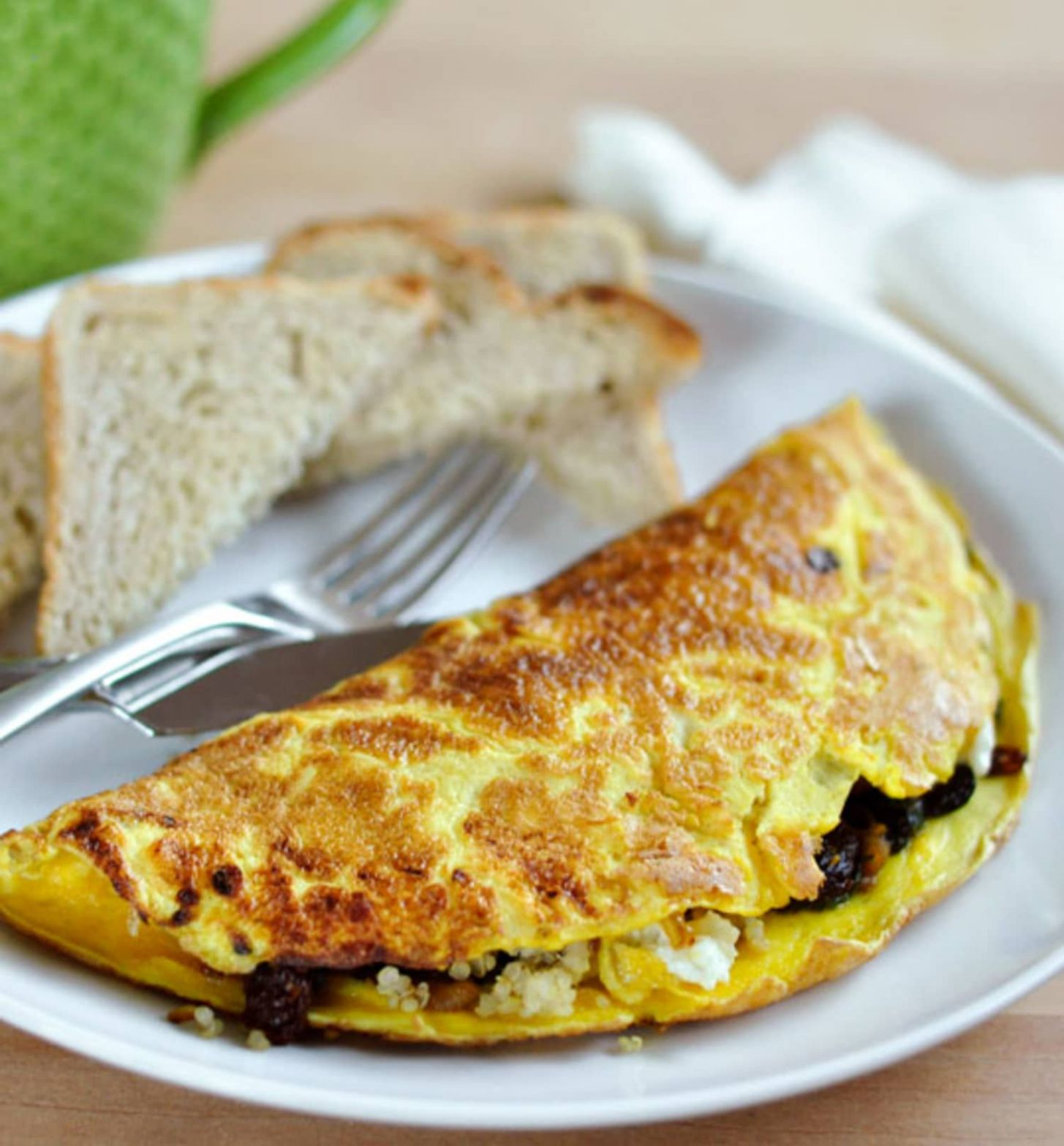 10-Egg Omelet with Quinoa, Sun-Dried Tomatoes, Spinach, and Goat Cheese - Egg Omelette Recipe