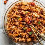 10-ingredient sun-dried tomato pasta salad