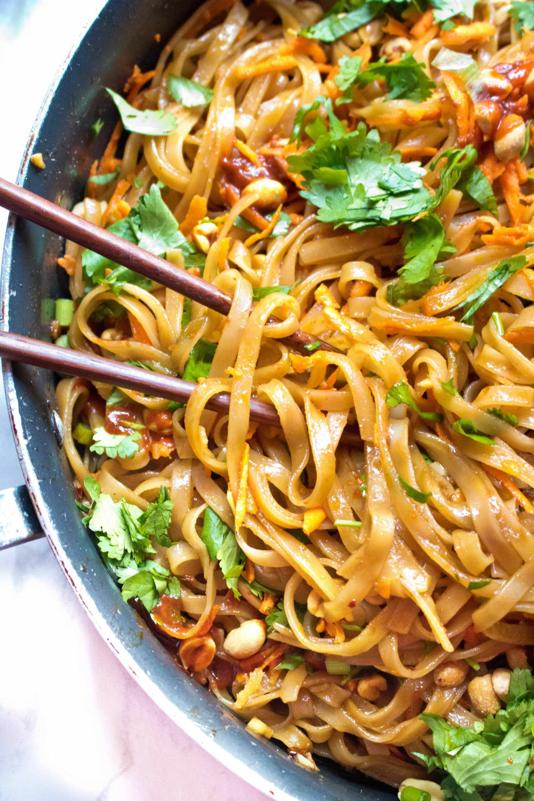 12 Minute Sweet and Spicy Noodles - Cooking Recipes Noodles