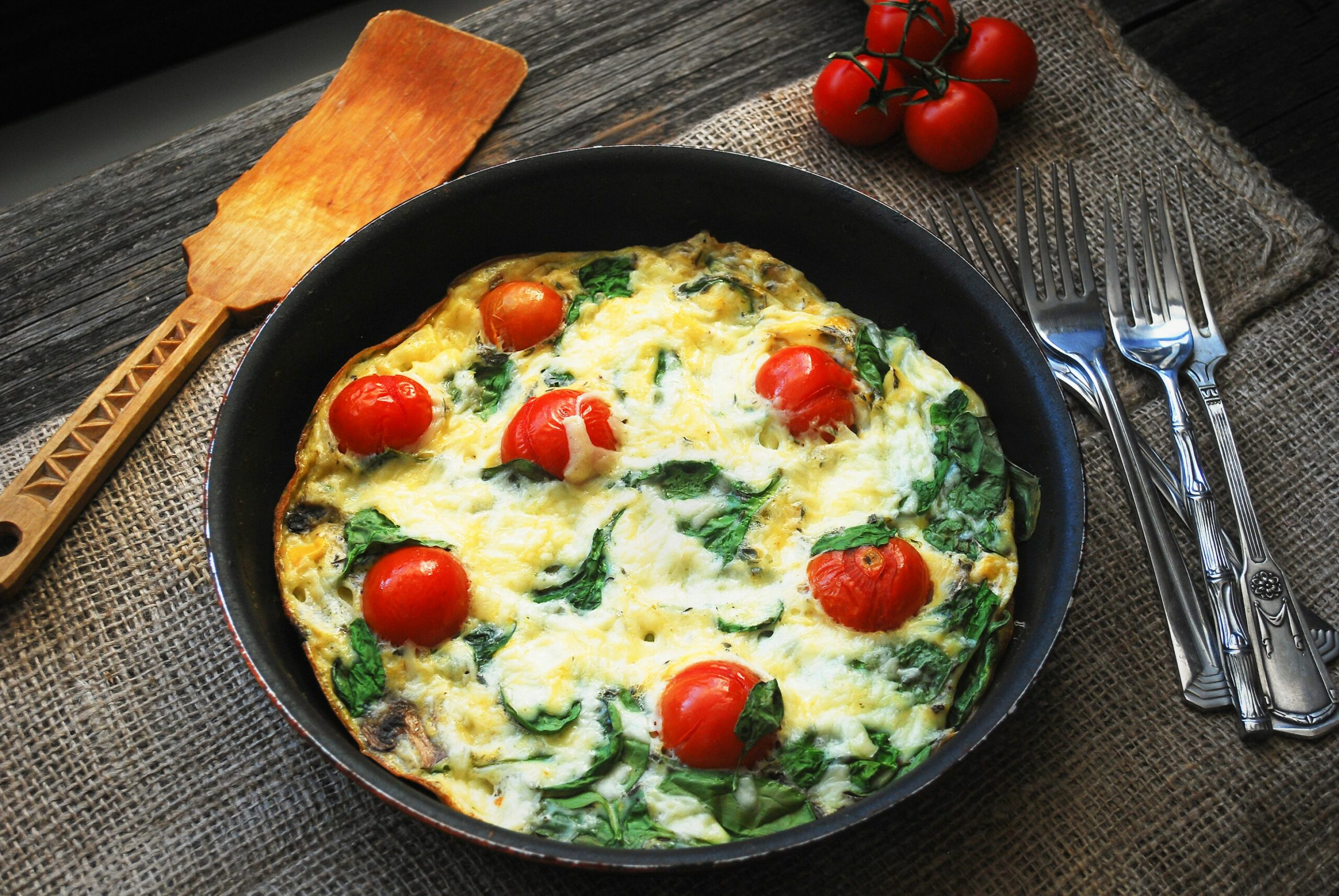 8 Quick Low Carb & High Protein Breakfast Recipes | Atkins - Egg Recipes Low Carb