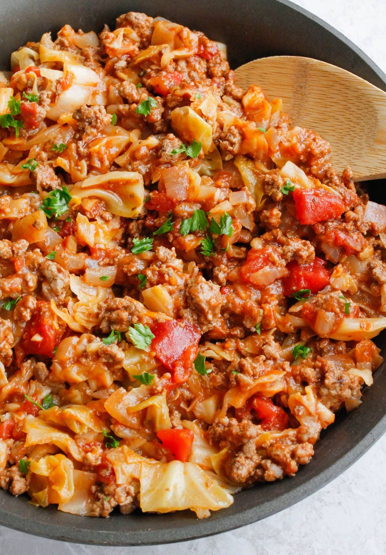 Amish One-Pan Ground Beef and Cabbage Skillet - Recipes Beef And Cabbage