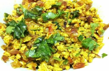 Ande Ki Bhurji (Indian-Style Scrambled Eggs) | Delishably