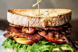 Apple, Bacon and Arugula Sandwich | Earthbound Farm