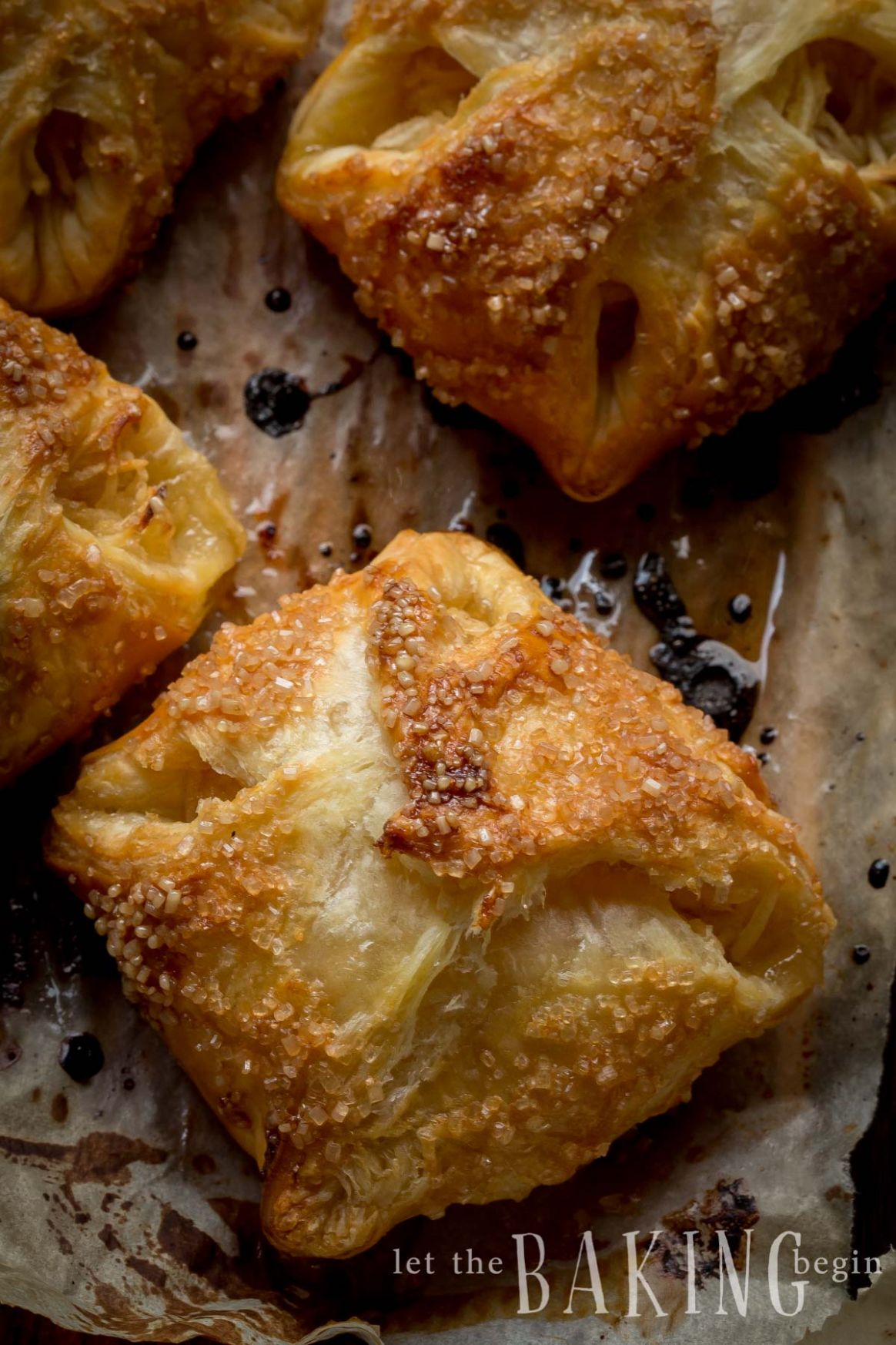 Apple Turnover with Puff Pastry - Easy Recipes Using Puff Pastry