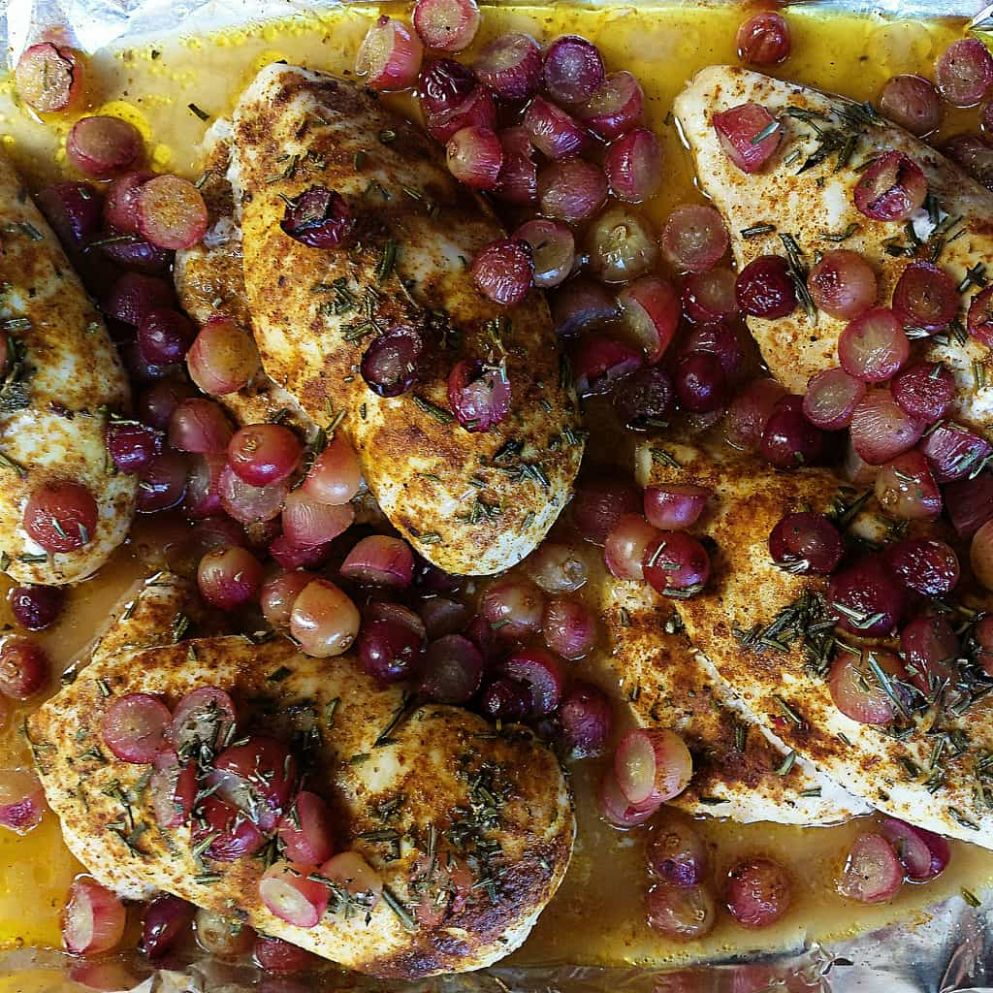 Baked Chicken Breasts with Roasted Grapes - Recipe Chicken Breast Grapes