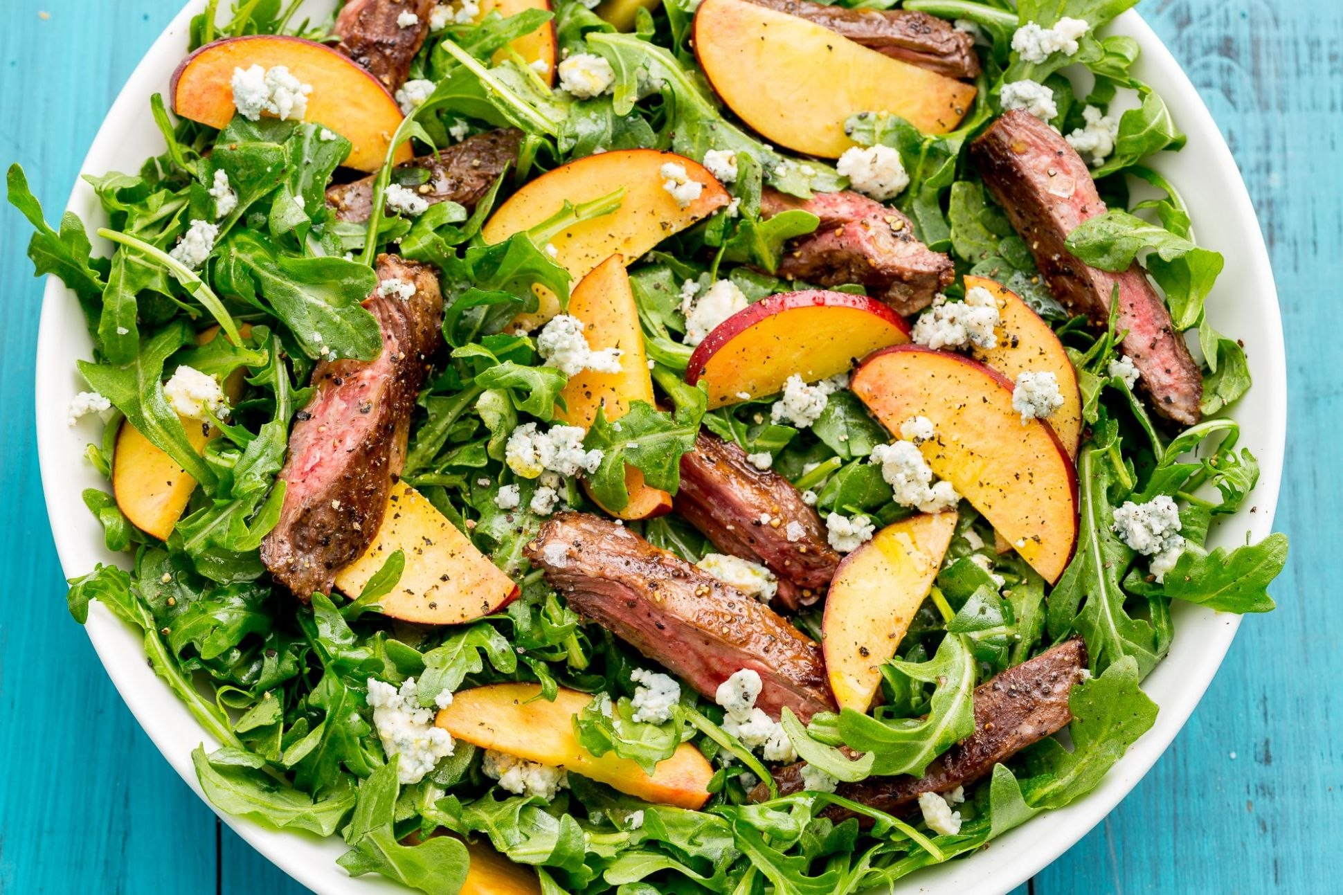 Balsamic Grilled Steak Salad with Peaches - Salad Recipes Delish
