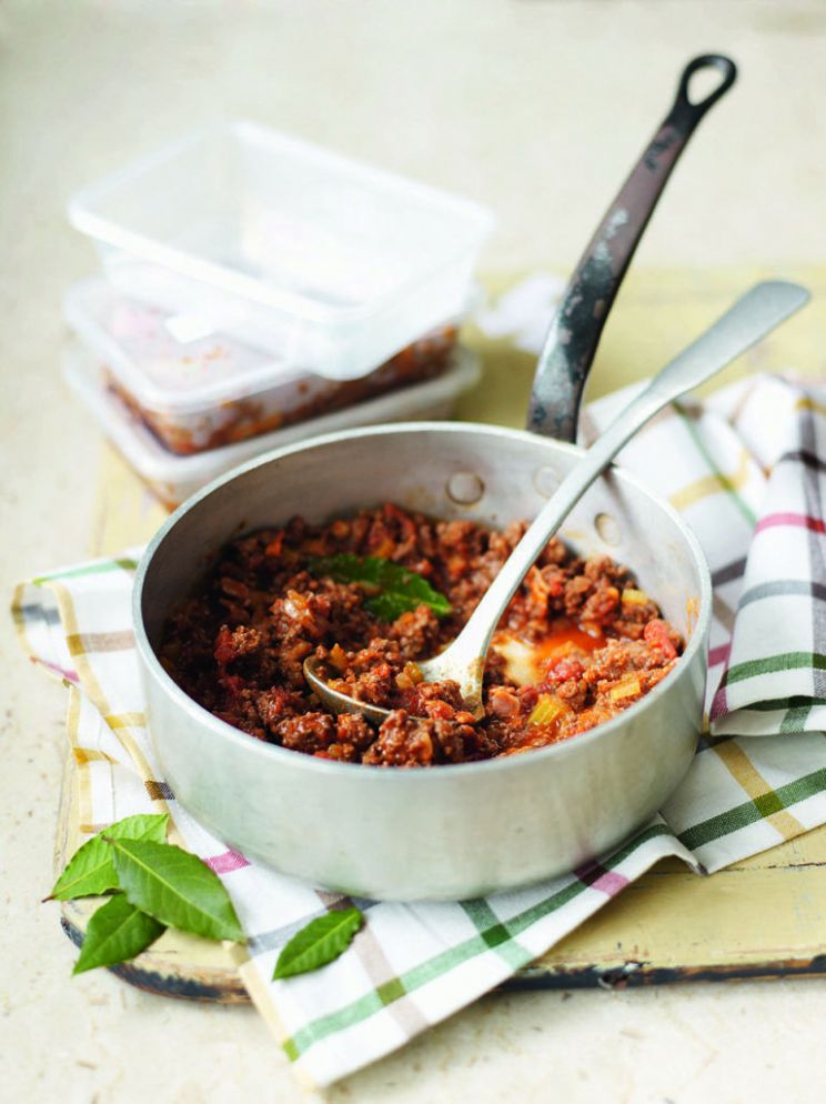 Beef ragù - Healthy Recipes Delicious Magazine