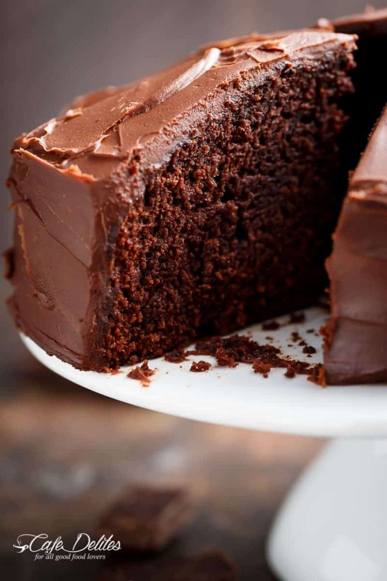 Best Fudgy Chocolate Cake - Cake Recipes Hard