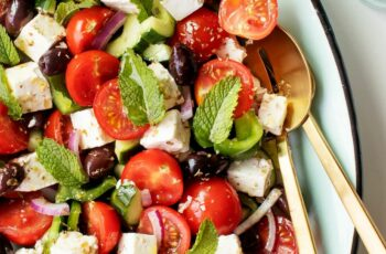 Best Salad Recipes: Easy Greek Salad