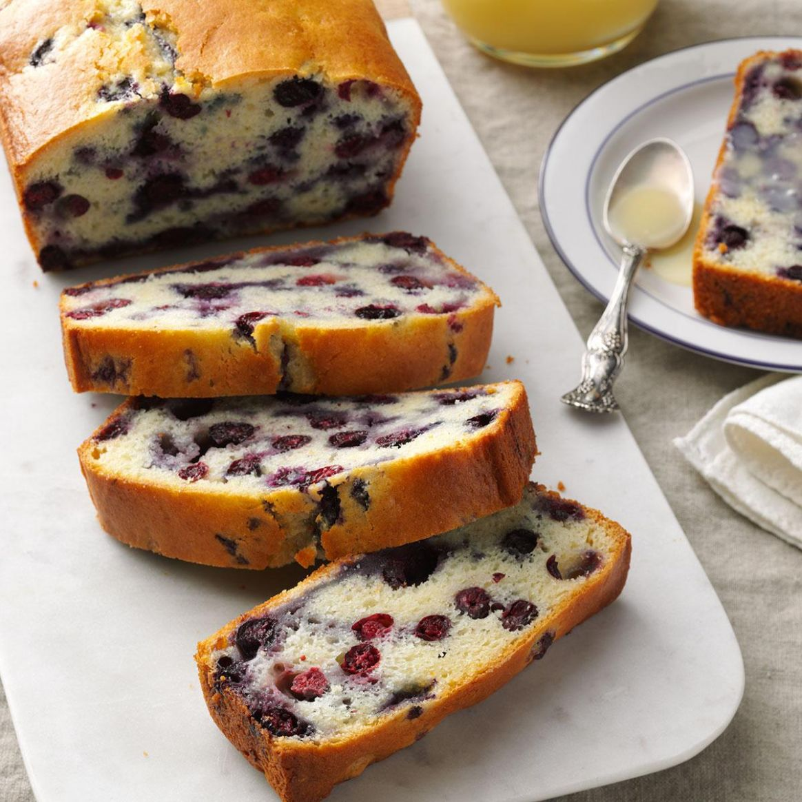 Blueberry Quick Bread with Vanilla Sauce - Food Recipes Quick Breads