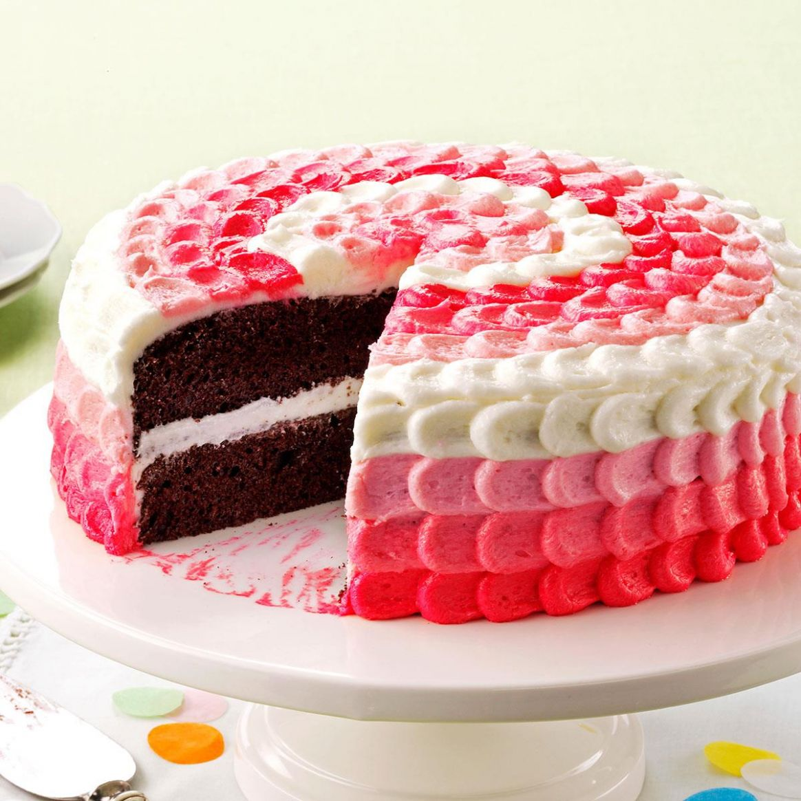 Cake with Buttercream Decorating Frosting - Recipes Cake Icing