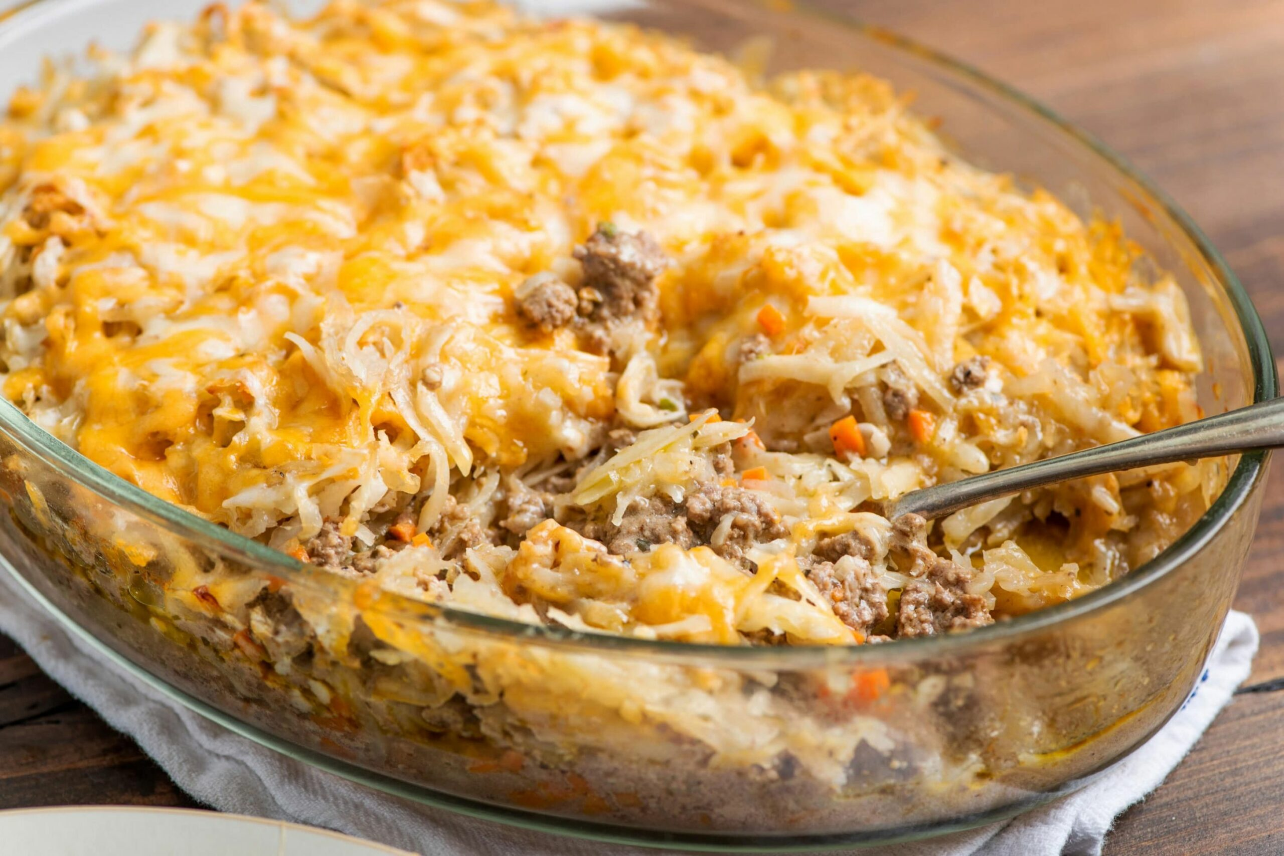 Cheesy Beef and Hash Brown Casserole - Recipes Potato Casserole Hash Browns