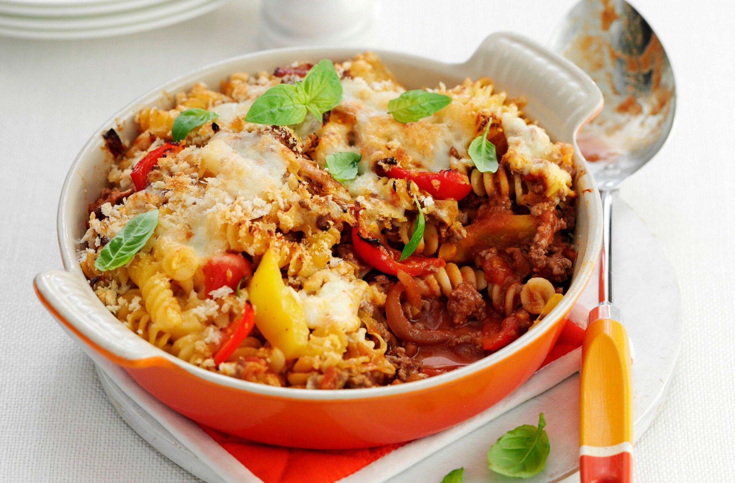 Cheesy mince pasta bake - Recipes With Beef Mince