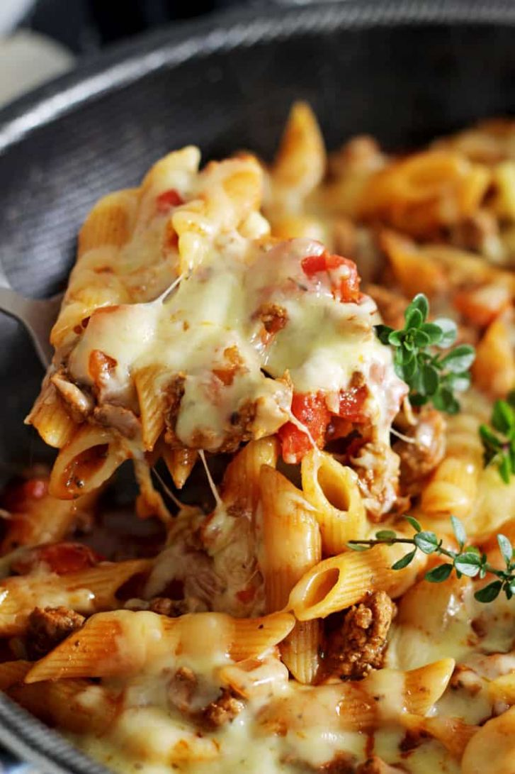 Cheesy One Pan Mince Pasta - Recipes Pasta Mince Beef