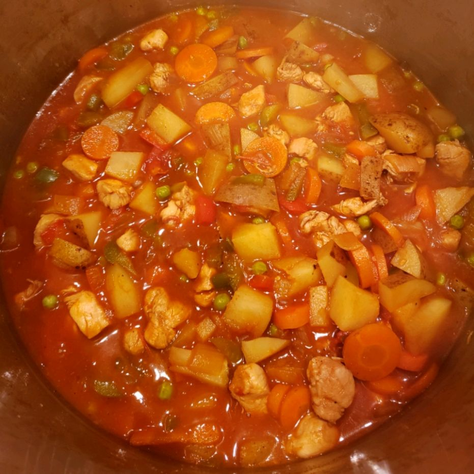 Chicken Afritada (Filipino Stew)