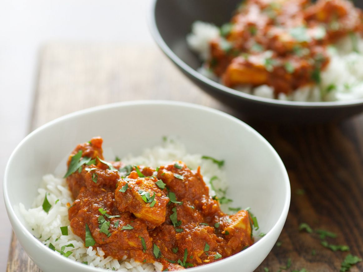 Chicken Curry with Tomato Yogurt Sauce - Recipe Chicken Yogurt Curry