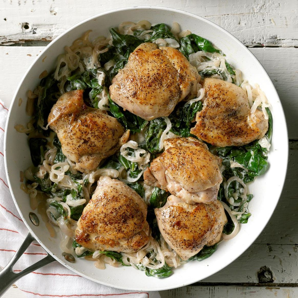 Chicken Thighs with Shallots & Spinach - Dinner Recipes Chicken Thighs