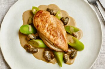 Chicken with morels and sherry wine sauce recipe - Raymond Blanc OBE