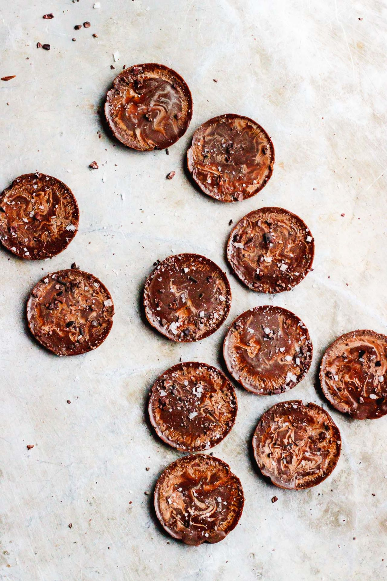 Coconut Oil Fat Bombs with Cacao Nibs + Flake Salt - Recipes Chocolate Nibs