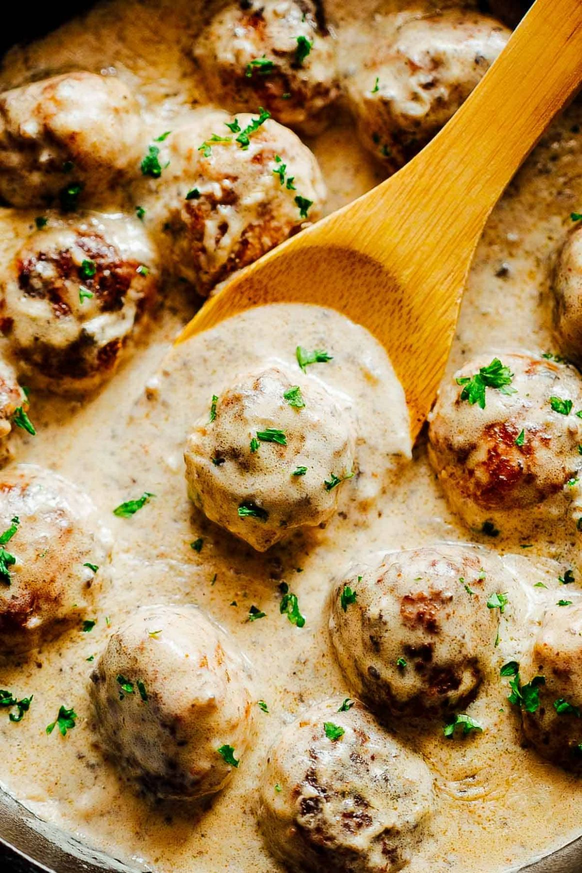 Creamy Chicken Meatballs in Mushroom Sauce - Ready in 10 minutes! - Recipes Chicken Ground Meat