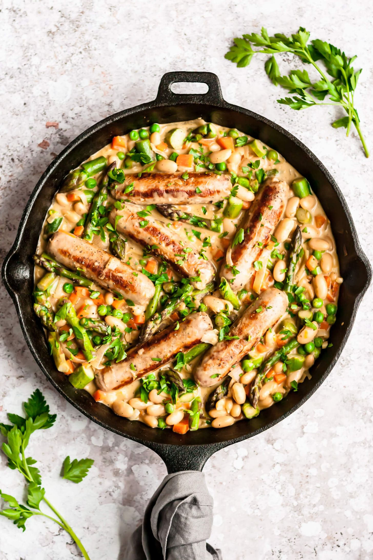 Creamy Chicken Sausage Skillet with Asparagus and Peas - Recipes Chicken Sausage