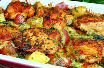 Creamy Garlic Butter Chicken and Potatoes Recipe - Easy Chicken and  Potatoes Recipe