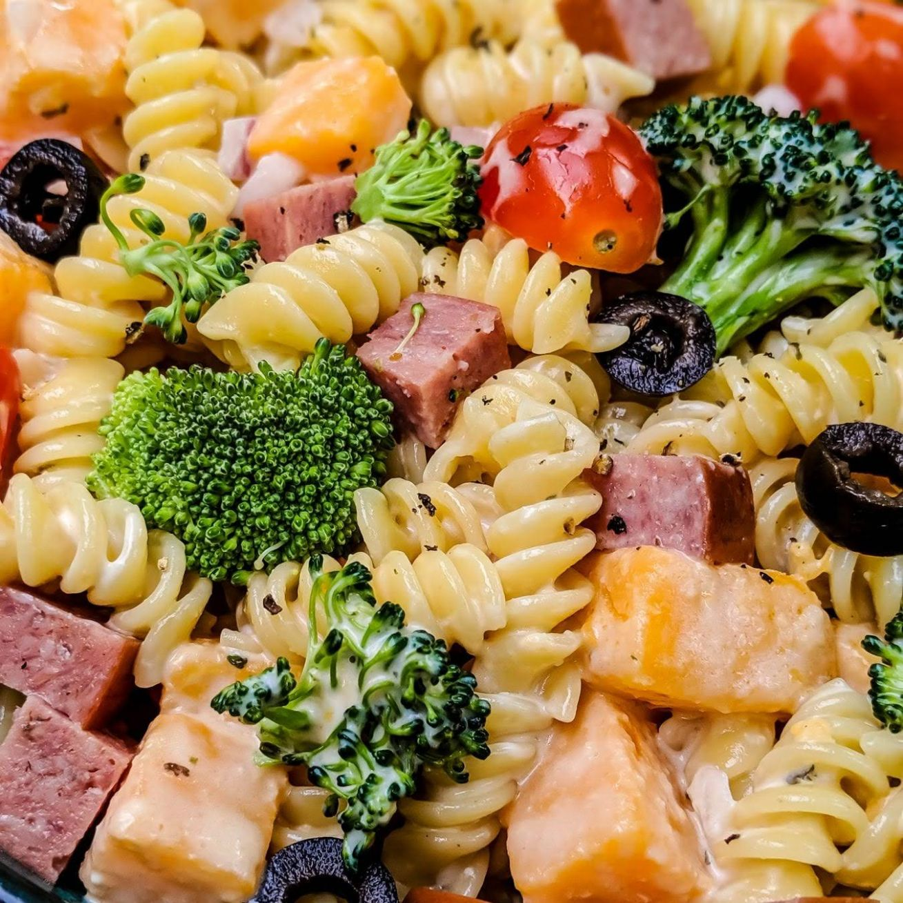 Creamy Pasta Salad with Burgers' Smokehouse Summer Sausage - Recipes With Summer Sausage And Pasta