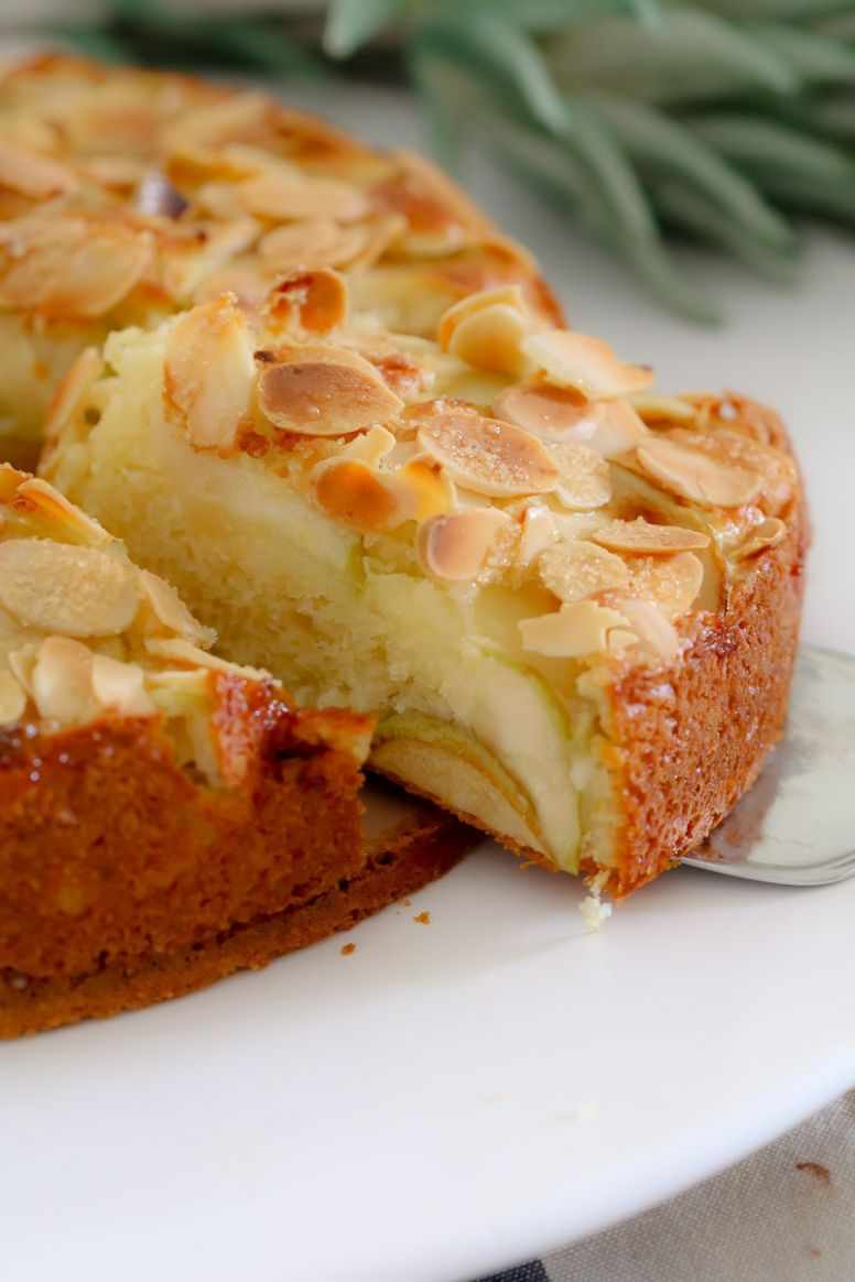 Easy Apple Cake - Easy Recipes With Apples