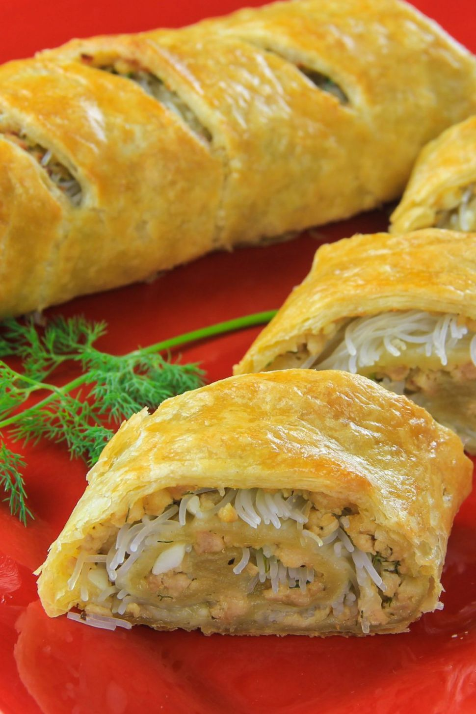 Easy Chicken Wellington Roll (with rice noodles) - Easy Recipes Using Puff Pastry