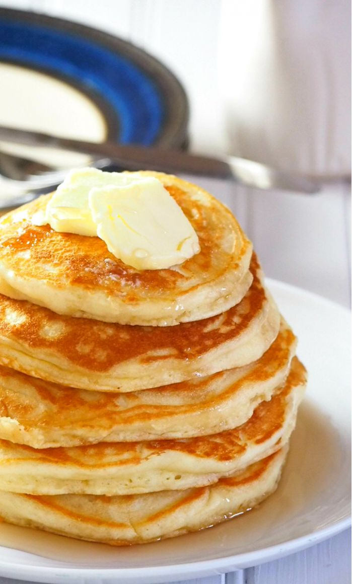 Easy Fluffy Pancakes - Simple Recipes Pancakes