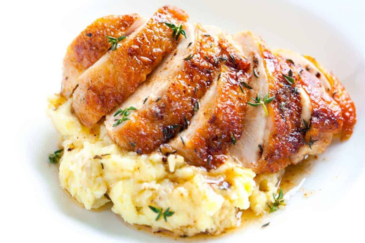Easy Pan Roasted Chicken Breasts with Thyme - Recipes Chicken Breast With Skin On