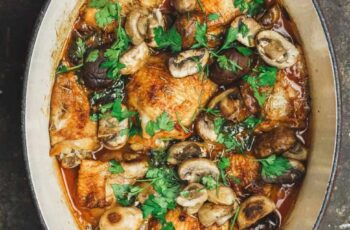 Easy Wine-Braised Chicken Thighs with Mushrooms