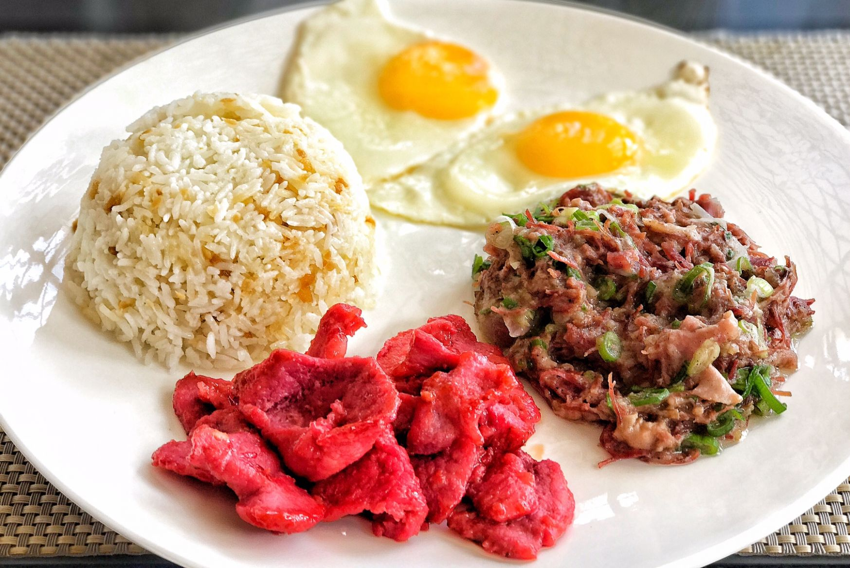 Filipino Breakfast: Food Pinoys Love to Eat in the Morning - Breakfast Recipes Pinoy