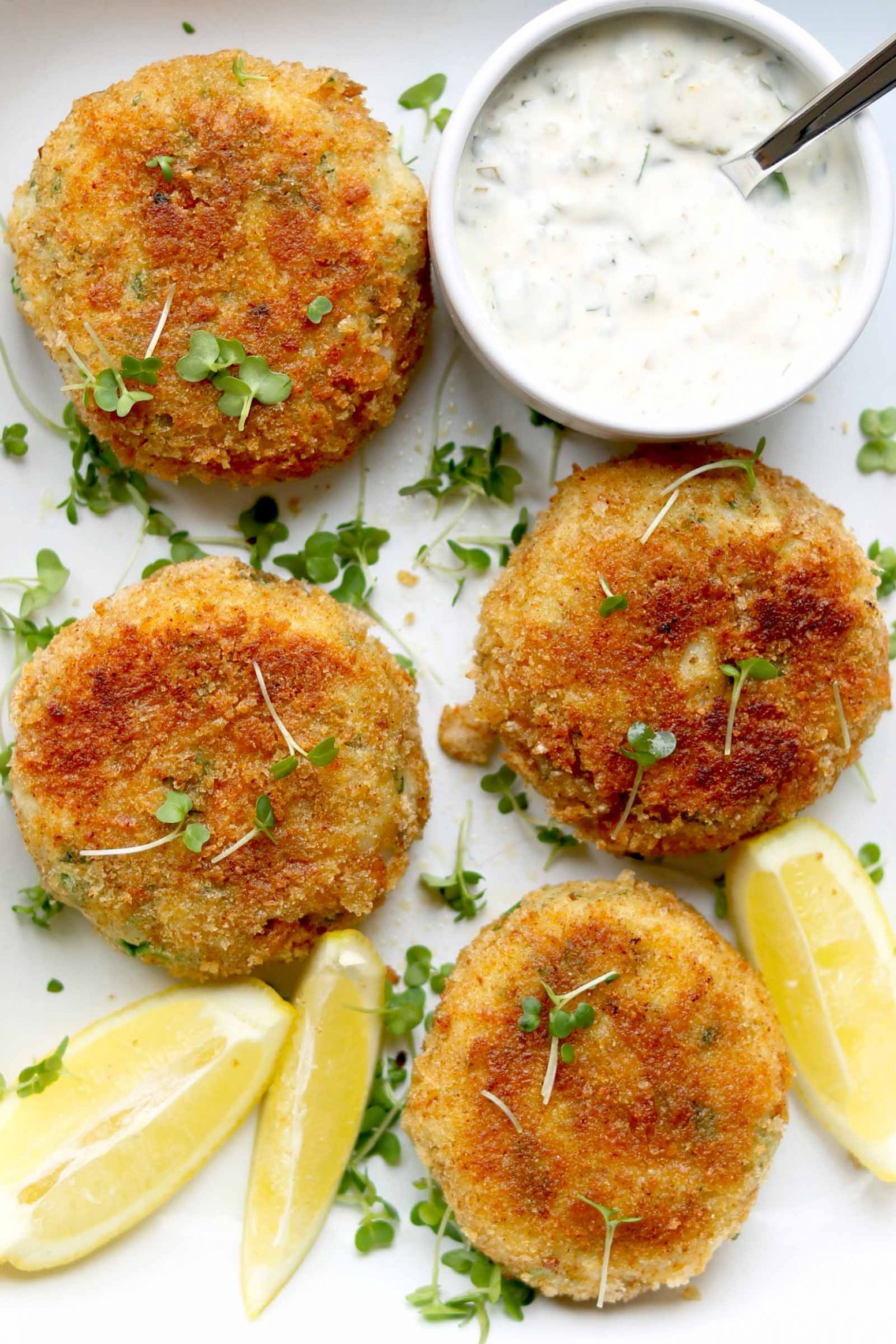 Fish Cakes with Quick Lemon Tartare Sauce - Recipes Fish Cakes