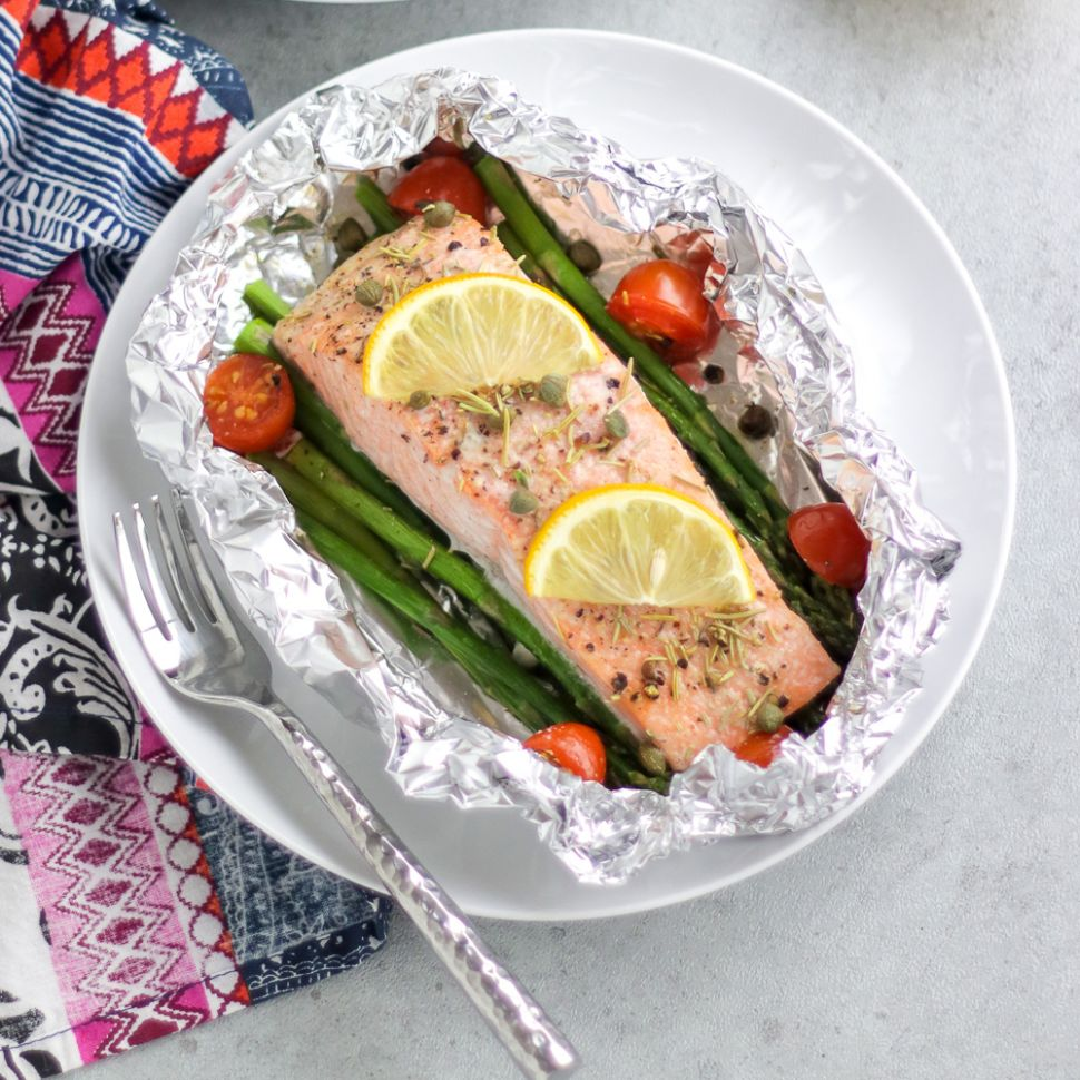 Fish Foil Packets with Vegetable that you can Grill OR Bake! - Recipes Fish In Foil Packets