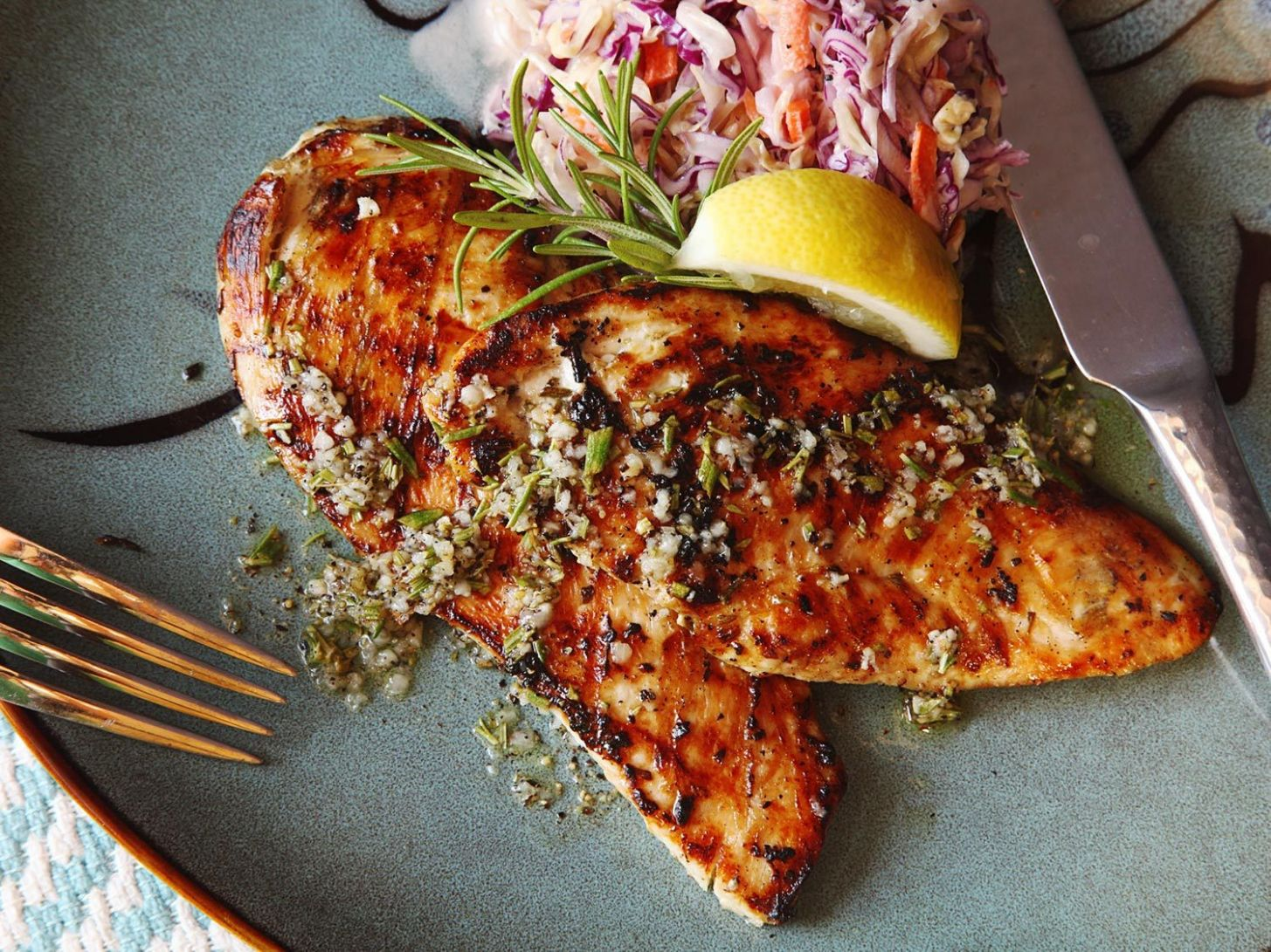Five-Minute Grilled Chicken Cutlets With Rosemary, Garlic, and Lemon Recipe - Food Recipes Grill