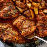 Garlic Butter Chicken Thighs And Baby Potatoes Skillet – Dinner Recipes Chicken Thighs