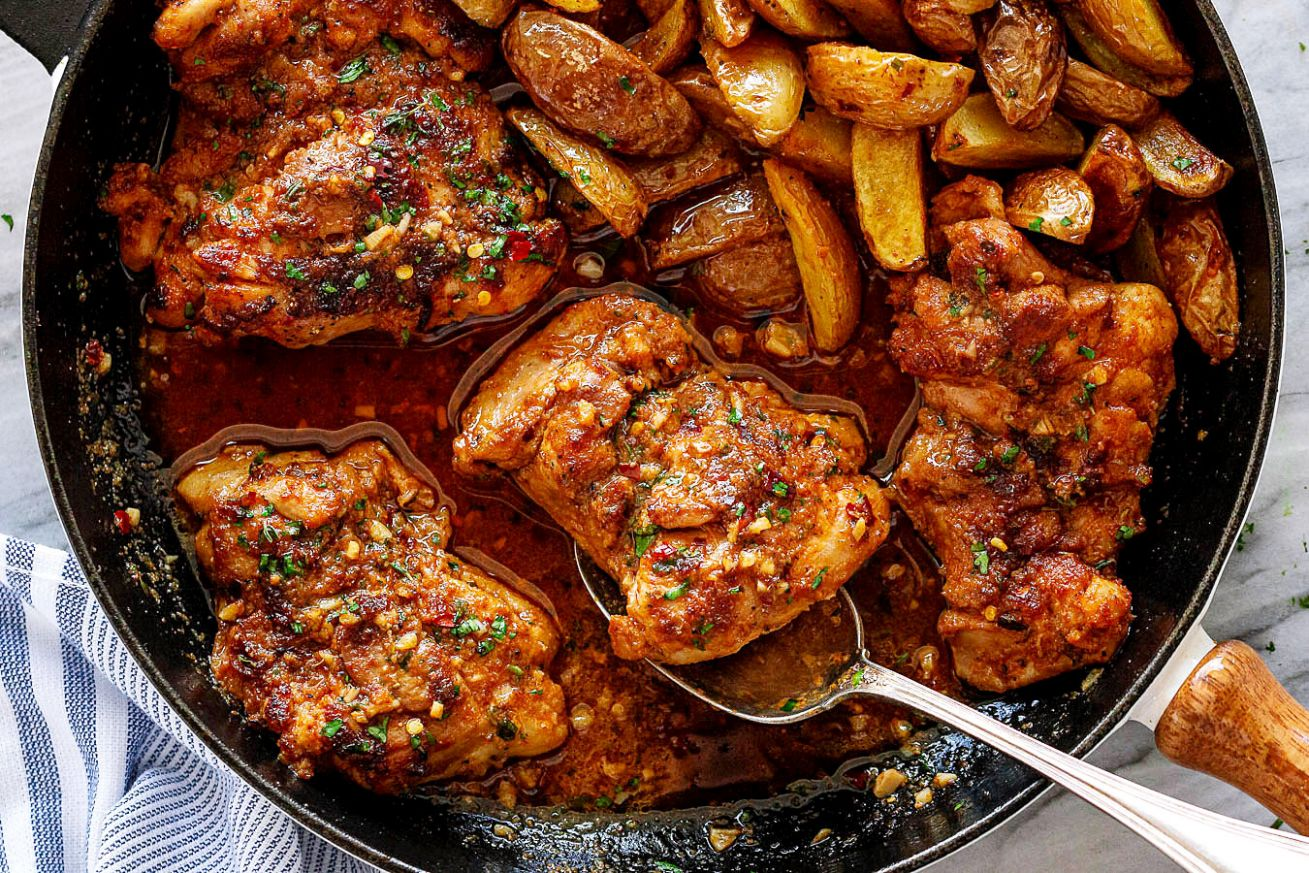 Garlic Butter Chicken Thighs and Baby Potatoes Skillet - Dinner Recipes Chicken Thighs