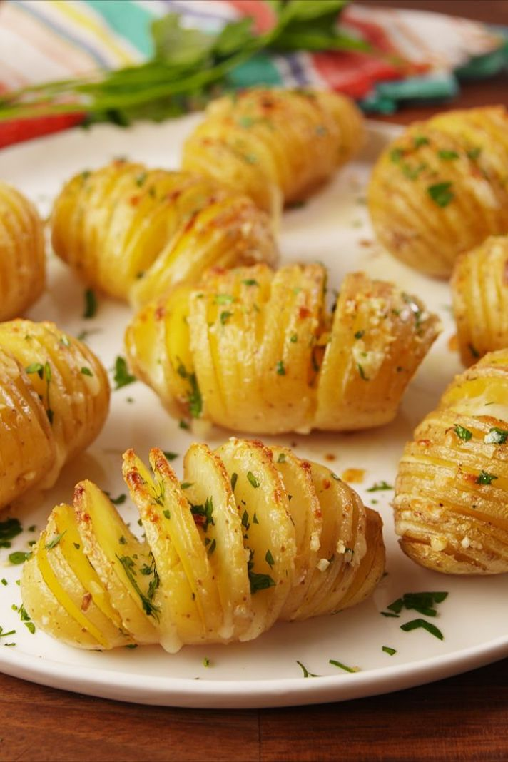 Garlic Butter Potatoes - Easy Recipes With Potatoes