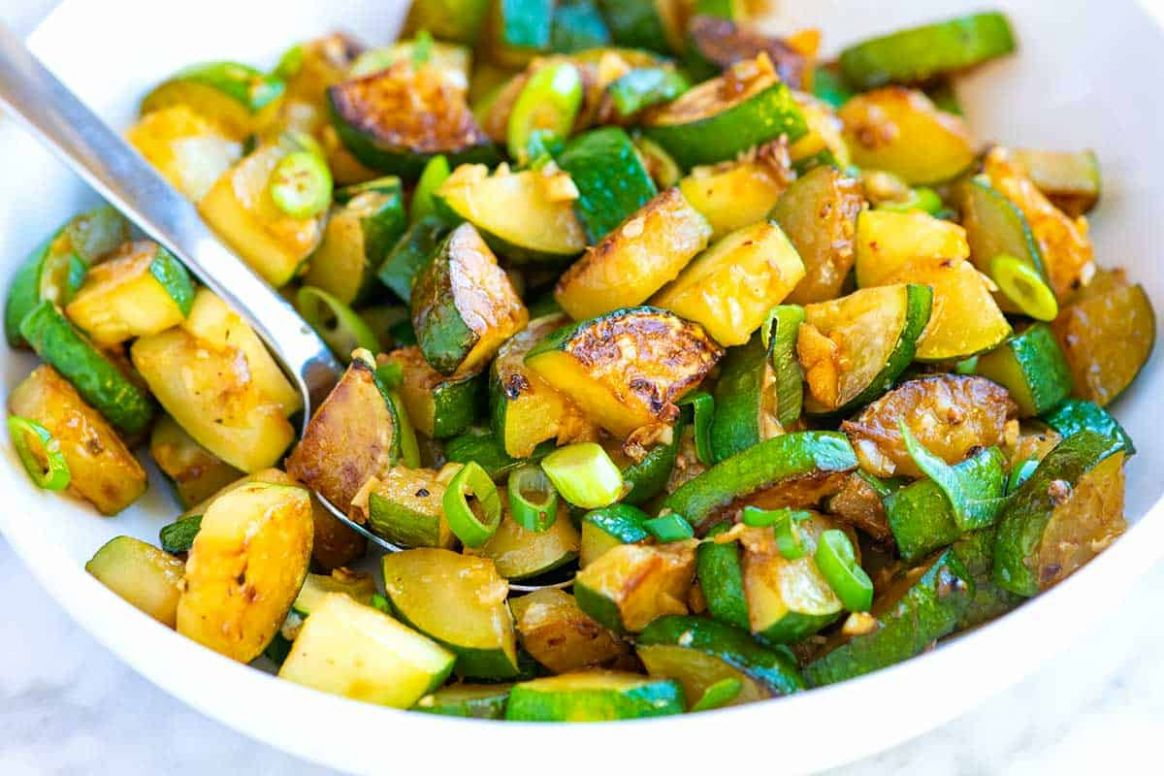 Garlic Butter Sauteed Zucchini - Vegetable Recipes As Side Dish