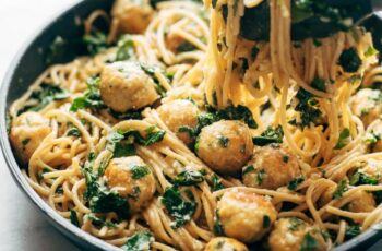 Garlic Herb Spaghetti with Baked Chicken Meatballs
