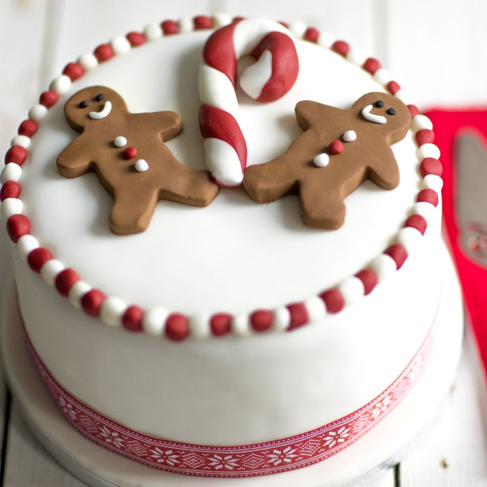 Gingerbread Man Christmas Cake - Easy Recipe Xmas Cake