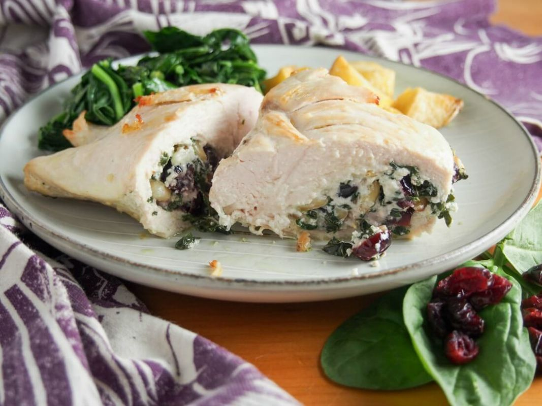Goat cheese stuffed chicken with spinach and cranberries - Recipe Chicken Breast Goat Cheese