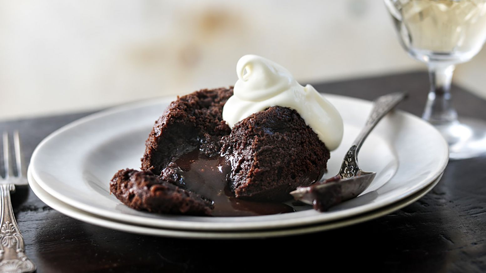 Gooey chocolate fondant puddings - Recipe Chocolate Fondant