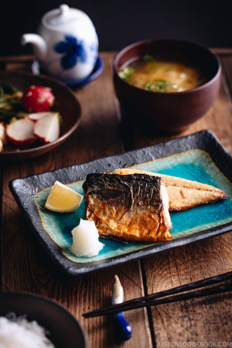 Grilled Mackerel (Saba Shioyaki) 鯖の塩焼き • Just One Cookbook - Fish Recipes Japanese Style