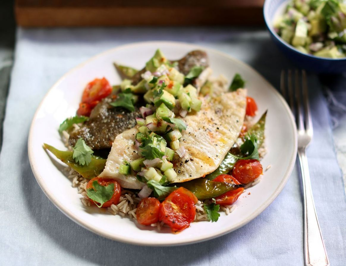 Grilled Plaice Fillets with Avocado Salsa & Rice - Recipes Cooking Plaice Fillets