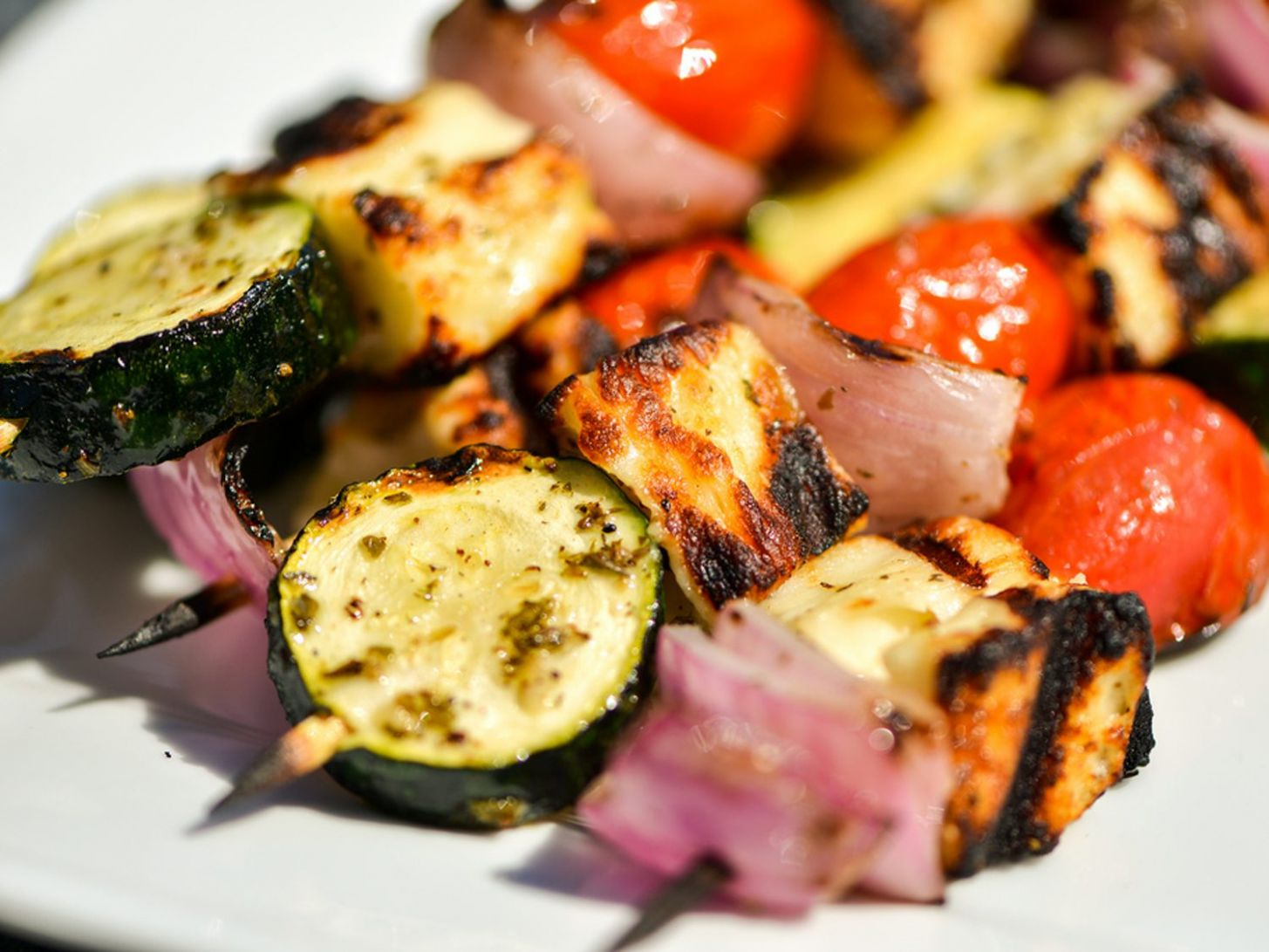 Halloumi and Vegetable Skewers Recipe - Recipe Vegetarian Kebabs
