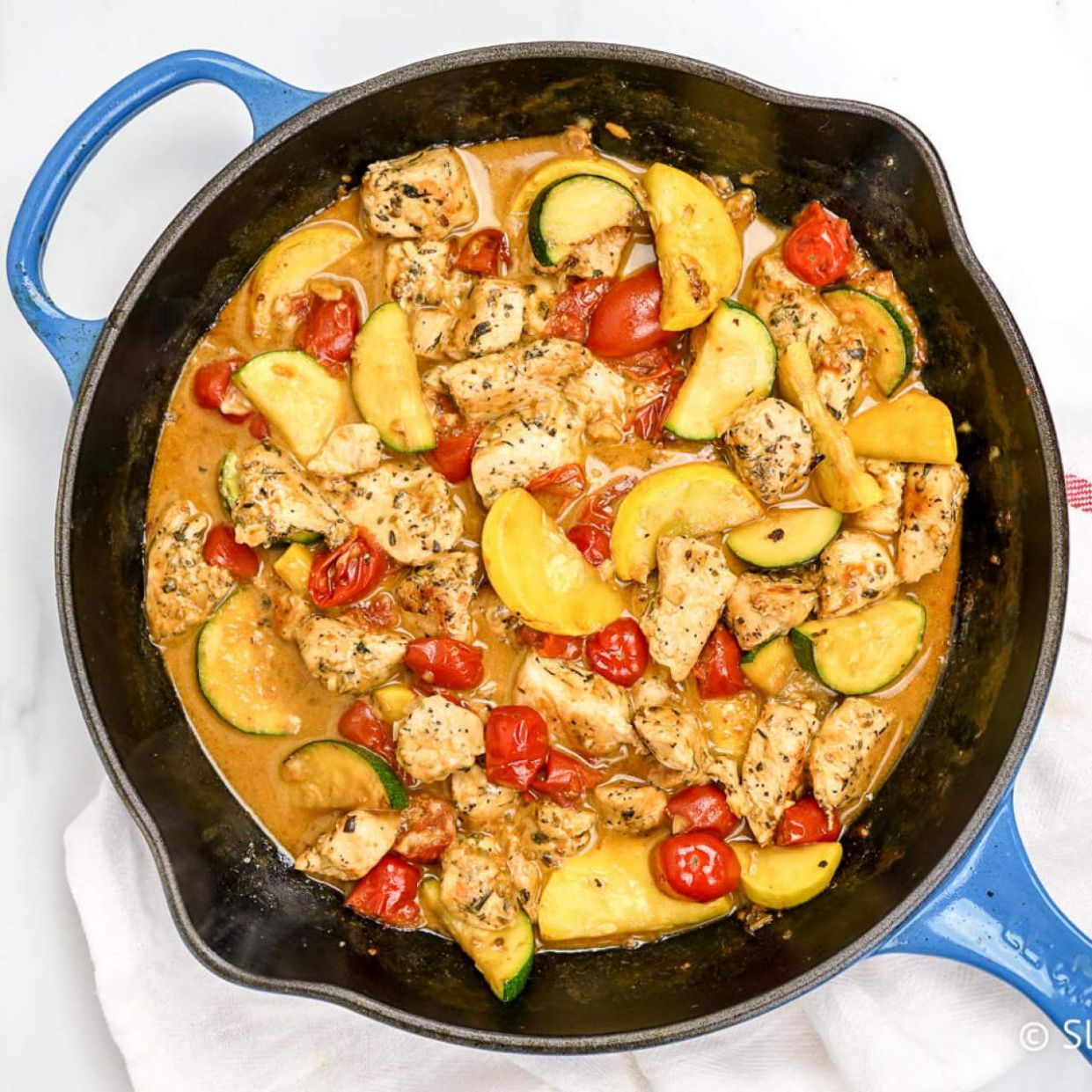 Healthy Tuscan Chicken with Zucchini and Tomatoes - Recipe Chicken Breast Zucchini Yellow Squash