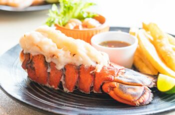How to Cook Lobster Tail - Easy Steps for Boiled Lobster Tails