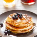 How To Make Fluffy Buttermilk Pancakes – Simple Recipes Pancakes